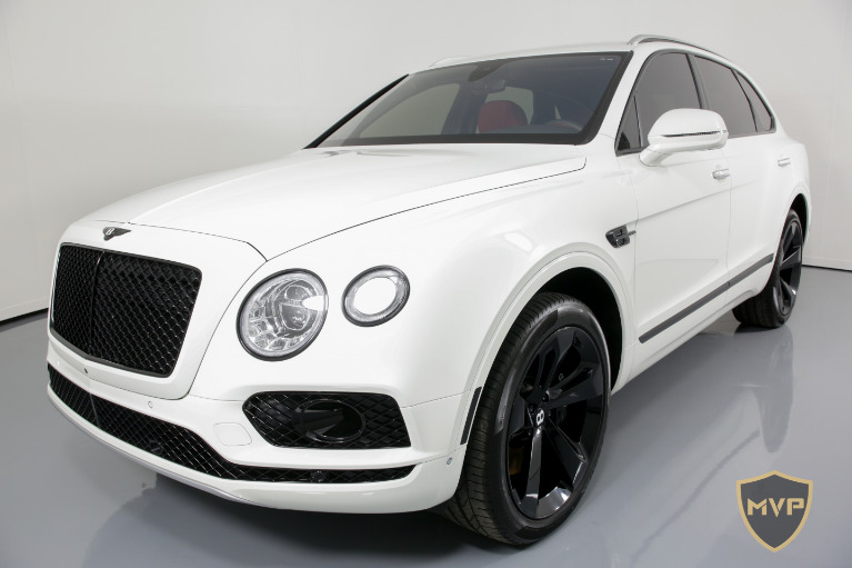 2017 BENTLEY BENTAYGA for sale $1,199 at MVP Miami in Miami FL 33142 4