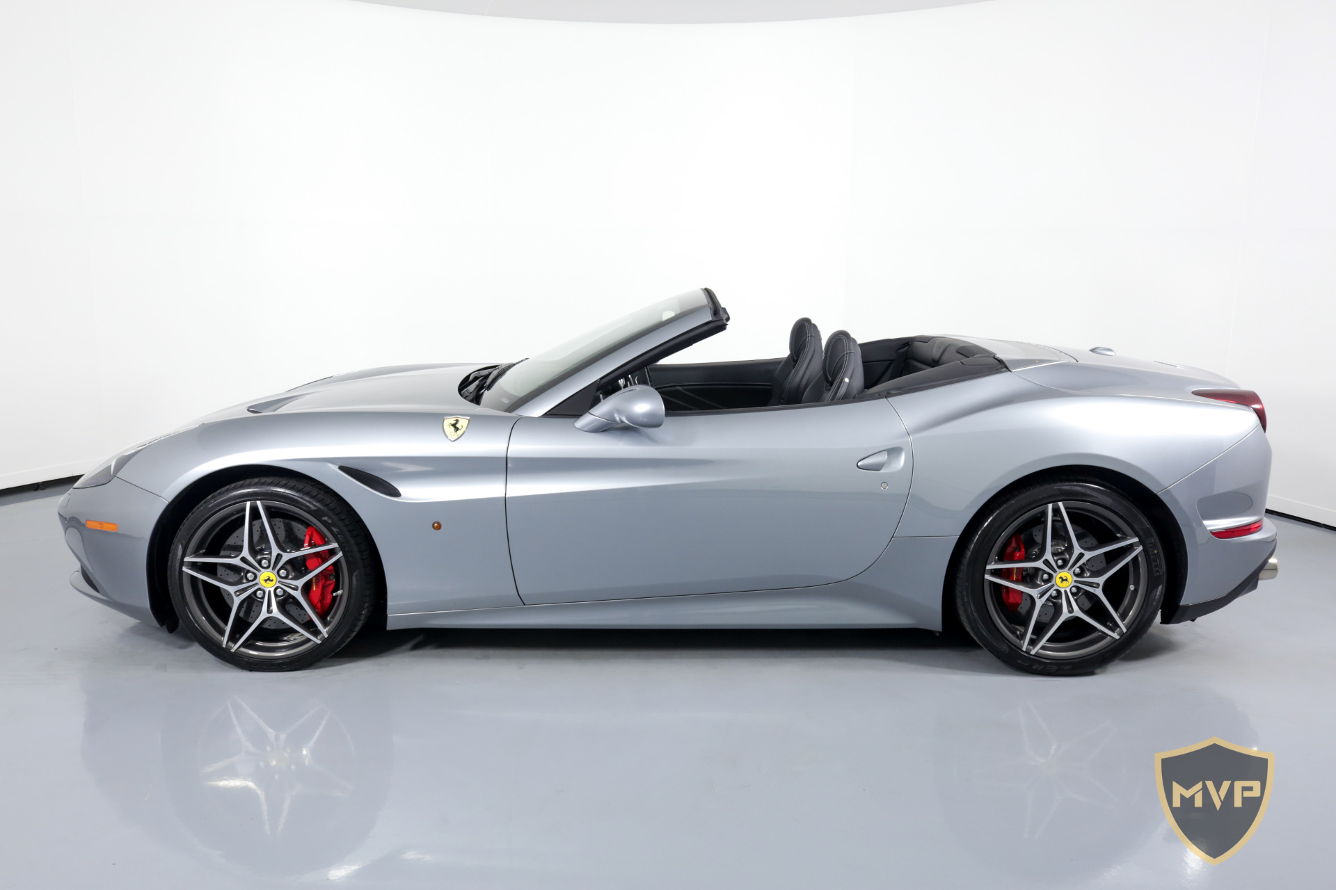 share send to phone 1 photos 786 877 4317 details 2015 ferrari california t prices starting at ...