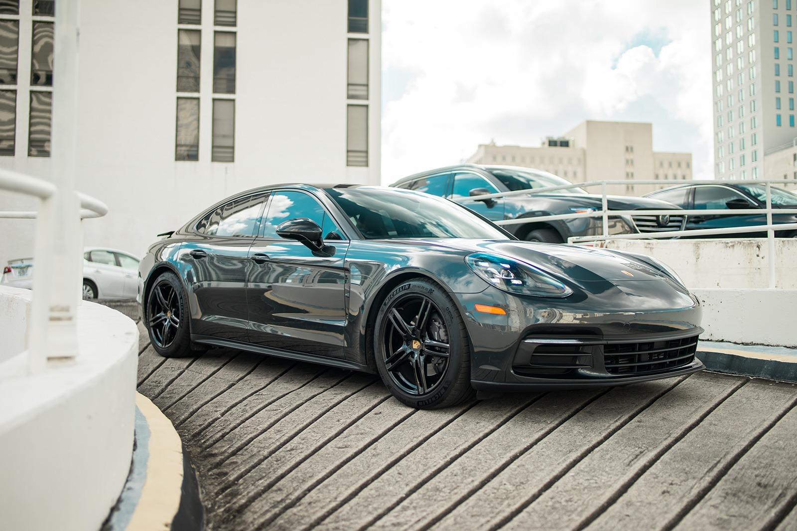 2018 Porsche Panamera  4-Door Miami, FL